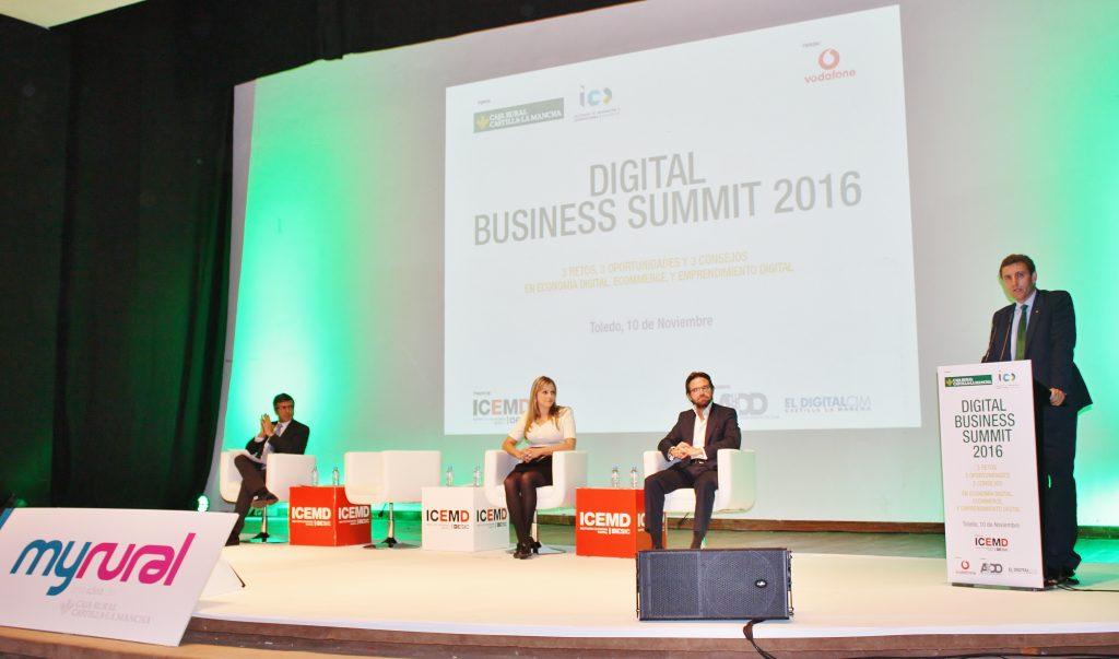 20161110-foto-intervencion-dg-digital-business-summit